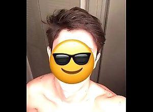 solo,gay,boy,snapchat,gay trim.F902F369-4A5...