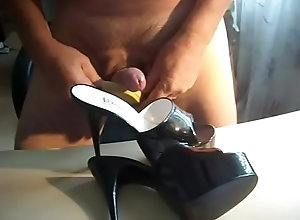 gay,shoes,cummed,mules,shoefuck,shoecumming,gay Black mules...