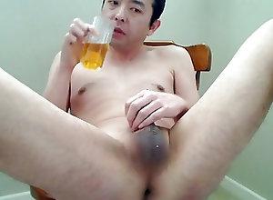 Men (Gay) Pee Drink!