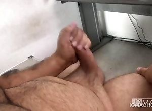 blowjob,gay,handjob,masturbation Manny Blows...