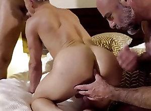 Amateur (Gay);Bareback (Gay);Big Cock (Gay);Daddy (Gay);Hunk (Gay);Muscle (Gay);Old+Young (Gay);Anal (Gay);HD Videos Papi caliente