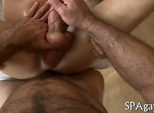 blowjob,hardcore,gay,massage Hairy masseur...