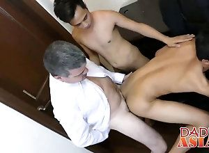 blowjob,fucking,asian,gay,horny Daddy sucking and...