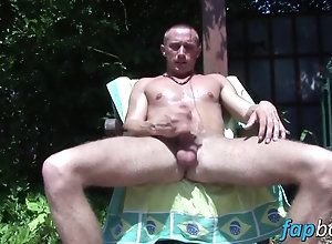 horny,jerking off,solo,twink Hot dude Armani...