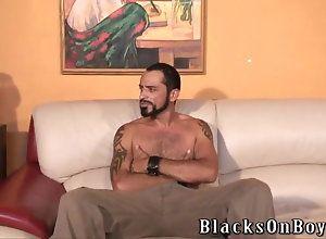 blowjob,hardcore,interracial,black,ebony,gay Bearded muscular...