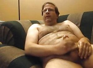 Man (Gay);Bear (Gay);Daddy (Gay);Fat (Gay);Masturbation (Gay) Daddy Cums