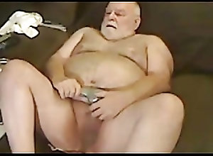 Bear (Gay);Daddy (Gay);Handjob (Gay);Masturbation (Gay);Sex Toy (Gay) grandpa play on...