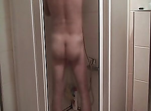 Gay Porn (Gay);Amateur (Gay);Bear (Gay);Daddy (Gay);HD Videos in the shower