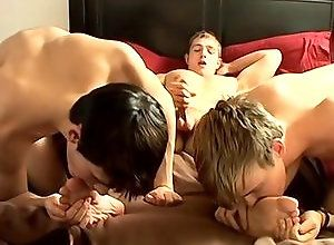 Gay,Gay Threesome,Gay Twink,Gay Feet/Foot Fetish,Gay Blowjob,colby bonds,Jayden Taylor,marcus mojo,twinks,blond hair,brown hair,average dick,in the bedroom,american,foot fetish,threesome,blowjob,gay porn,gay Two Twinks...