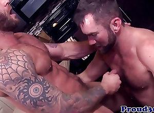 Bears (Gay);Muscle (Gay);HD Gays;Boyfriend;Tattooed Gay bear fucks...