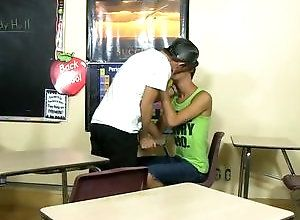 Gay,Gay Twink,Gay Kissing,jordan thomas,ryker madison,gay,kissing,college,blowjob,twinks,tattoo,doggy style,gay fuck gay,gay porn Study Hall...