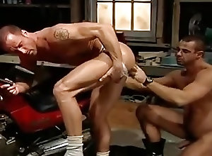 Gay Porn (Gay);Muscle (Gay) Race