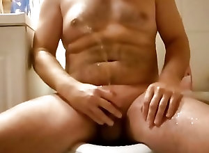 Men (Gay);HD Gays Pissing and jerk off