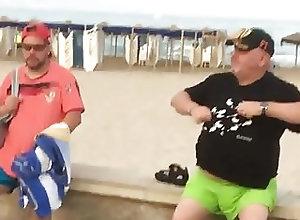 Men (Gay);Beach (Gay);Daddies (Gay);Fat Gays (Gay);Outdoor (Gay) Spanish Daddy