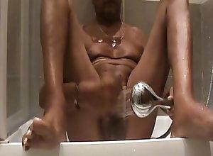 Men (Gay) doccia con sega