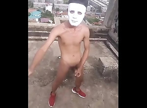 teen,skinny,gay,mask,boy,cums,roof,selfie,gay boy wanks on a...