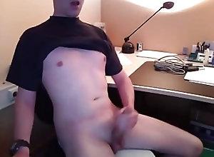 Amateur (Gay);Big Cock (Gay);Handjob (Gay);Webcam (Gay) jerking and...