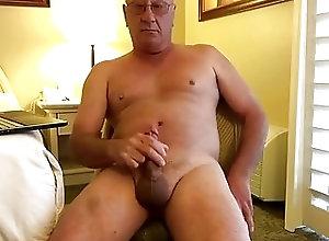 Amateur (Gay);Daddies (Gay);Masturbation (Gay) Daddy in cam cum