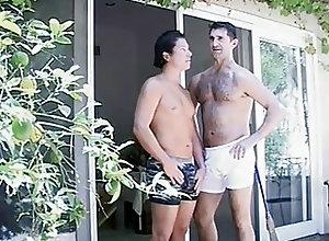 Bareback (Gay);Bears (Gay);Big Cocks (Gay);Gay Porn (Gay) Bareback Daddies...