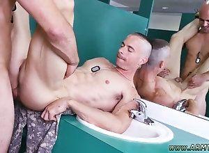 blowjob,gay,uniform Army men jack off...