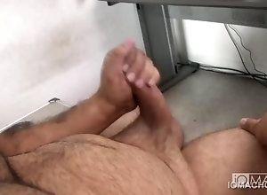 blowjob,gay,handjob,masturbation Manny Blows...