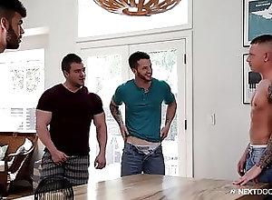 Bareback (Gay);Big Cock (Gay);Blowjob (Gay);Group Sex (Gay);Hunk (Gay);Muscle (Gay);HD Videos;Anal (Gay) Bros Initiate BB...