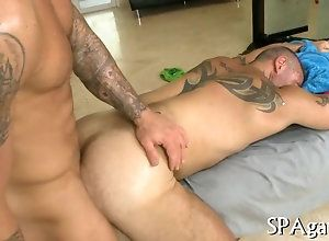 anal,blowjob,fucking,hardcore,gay,hunk,massage,tattoo hunk getting his...