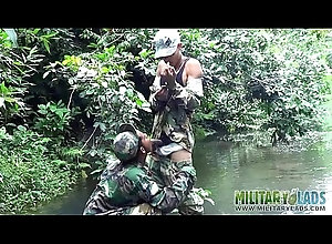 sucking,outdoor,blowjob,uniform,oral,gay,twink,military,latino,gay Military lads do...