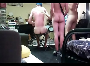 teen,ass,butt,gay,twink,hetero,fun,bareback,bunda,cu,bum,cuzinho,bam,brincadeira,gay-fucking,heteros,gay Naked Guys Play...