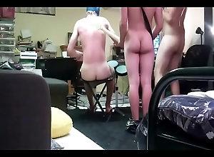 teen,ass,butt,gay,twink,hetero,fun,bareback,bunda,cu,bum,cuzinho,bam,brincadeira,gay-fucking,heteros,gay Naked Guys Play...