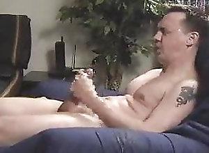Amateur (Gay);Big Cock (Gay);Masturbation (Gay) Masturbing and...