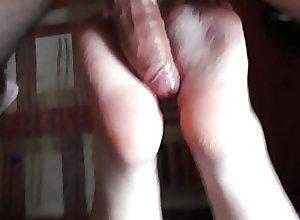 Amateur (Gay);Massage (Gay);Hungarian  (Gay);HD Videos Footjob footfuck...