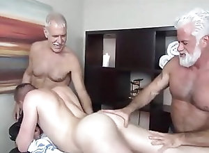 Bear (Gay);Big Cock (Gay);Daddy (Gay);Group Sex (Gay);Latino (Gay);Muscle (Gay);Old+Young (Gay);Anal (Gay) So Coroas &...