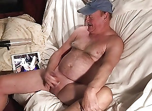 Man (Gay) Laid Back Cumm Fun!